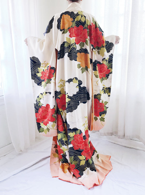 1940s Silk Cream Kimono Robe with Crimson and White Flowers - One Size