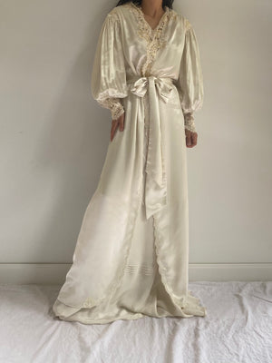 Vintage Satin Poet Sleeve Dressing Gown - S/M