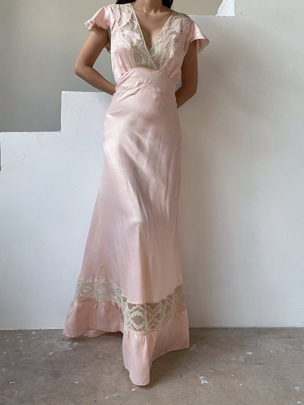 1930s Peach Satin Cap Sleeve Gown - M