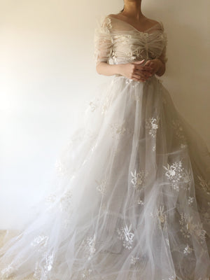 1950s Off-the-Shoulder Ivory Tulle Gown with Appliqué  - XS/S