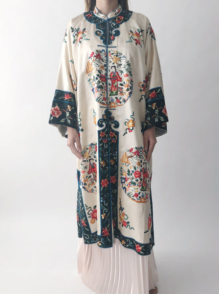 Vintage Ivory Embroidered Silk Robe - One Size