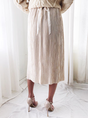 1980s Ivory Pleated Skirt - One Size