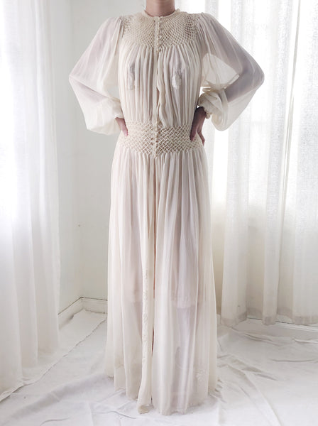 1930s Ivory Silk Smocked Dressing Gown - M