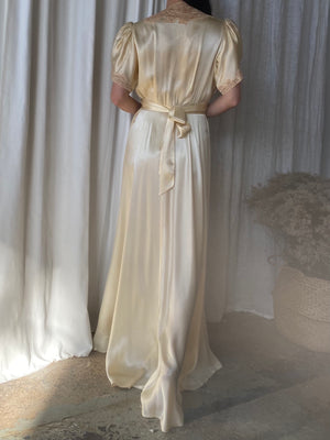 1930s Silk Satin Dressing Gown - S