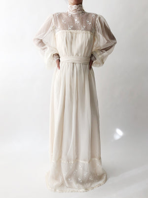 1970s Chiffon High Neck Wedding Gown - S
