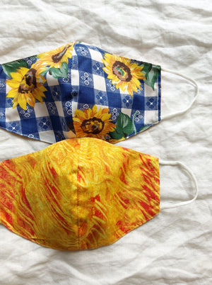 2-in-1 Reversible Waterproof Sunflower Face Mask with Filter Slot