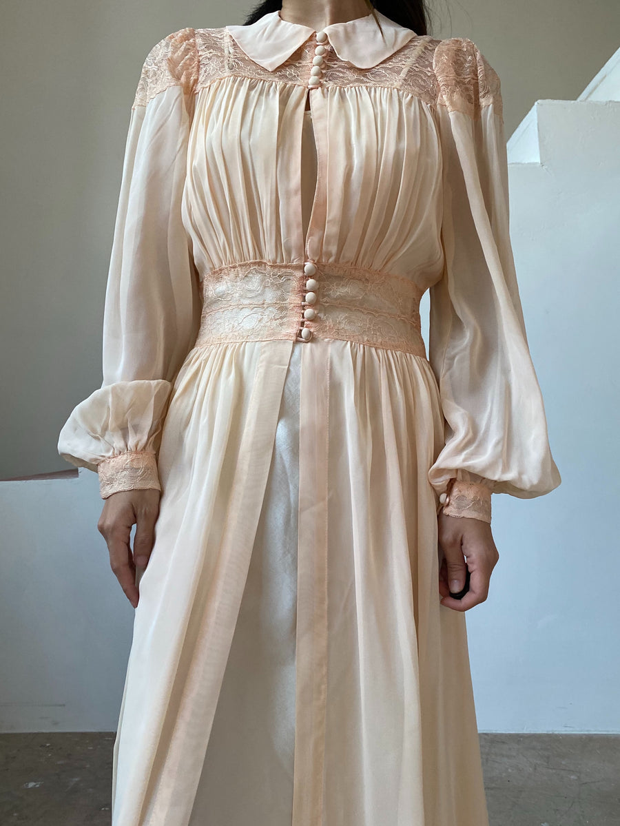 1940s Light Peach Gauze Chiffon Dressing Gown - S