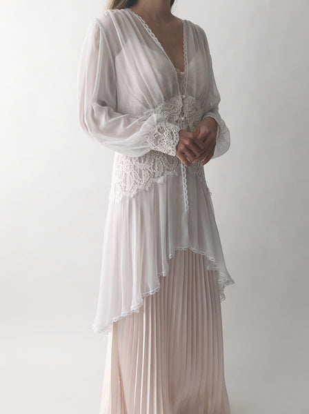 Vintage Sheer Chiffon and Lace Robe - M