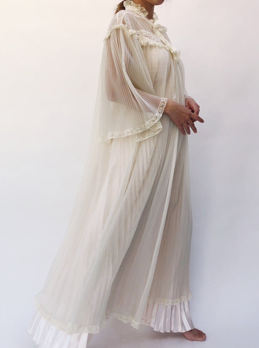 1960s Ivory Angel Sleeves Sheer Pleated Dressing Gown - One Size