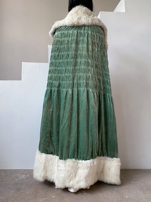 1920s Seafoam Silk Velvet and Fox Fur Trimmed Cape