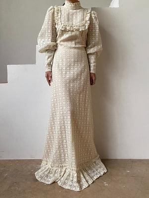 1970s Crochet Lace Mutton Sleeve Gown - M