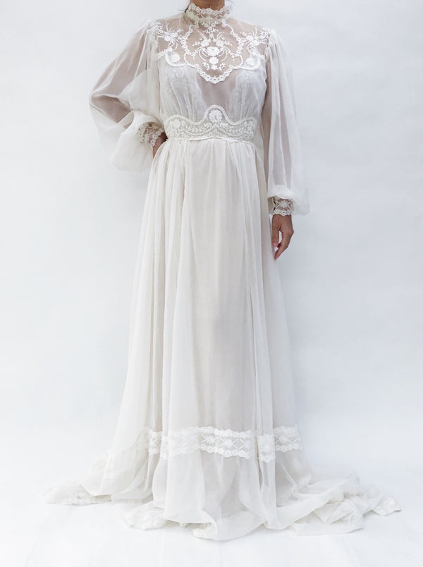 VTG Chiffon Poet Sleeves Gown - S