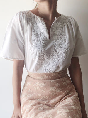 1970s Vintage Hungarian White Embroidered Top - S/M