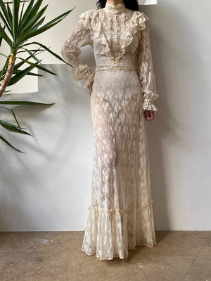 Vintage Ecru Lace Wedding Gown - S