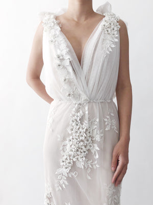 GOSSAMER Off White Tulle Flower Gown - 6/8