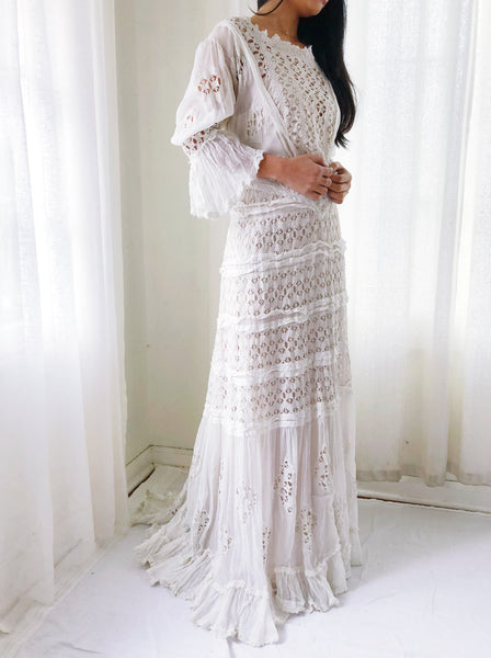 Antique Edwardian Embroidered Cotton Lace Gown - M