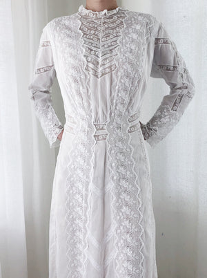 Antique Cotton Long Sleeves Floral Dress - S/M