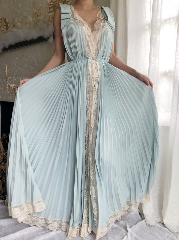 Vintage Light Blue Dressing Gown - One Size