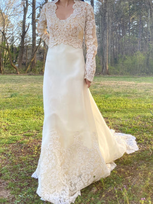 1960s Chiffon and Lace Wedding Gown - S/M