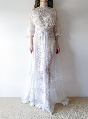 Antique High Neck Cotton and Lace Gown - XS/S