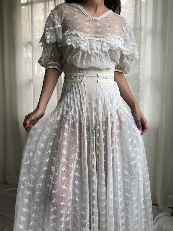 Antique Puff Sleeve Lace Net Dress - XS/S