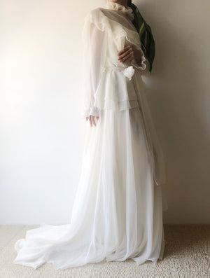 1970s Ivory Chiffon Long Sleeves Gown - S