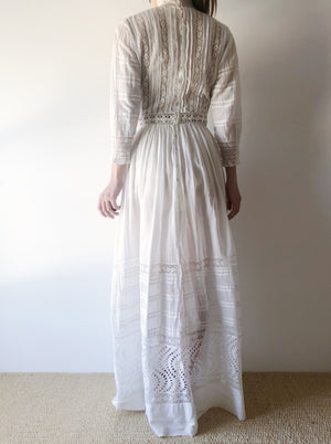 Antique High Neck Cotton and Silk Gown - XS/S