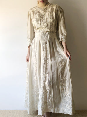 Antique Edwardian Embroidered Silk Gown - XS/S