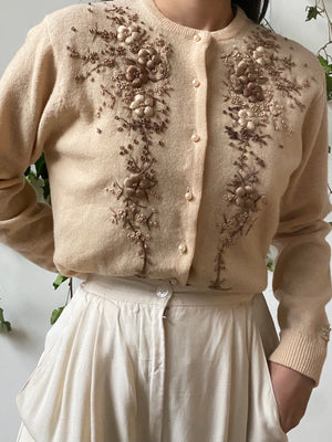 1950/60s Beige Floral Embroidered Wool/Angora Cardigan - M