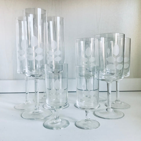 Mid century champagne-, wine- and liquor glasses