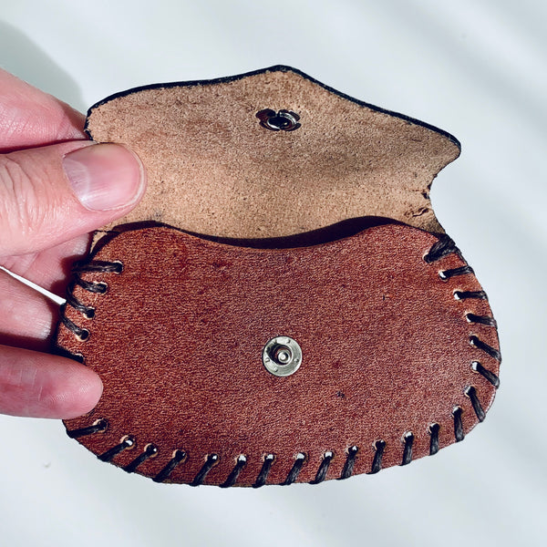 Leather wallet with handmade decoration