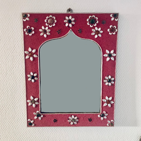 Moroccan mirror with mineral stone decoration