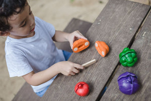 5 Colour Wooden Veggie Set