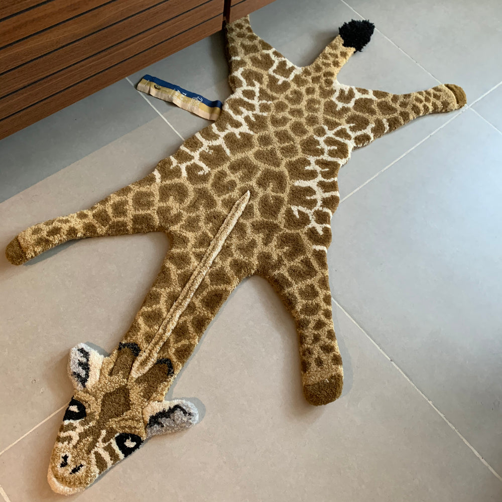 Load image into Gallery viewer, Gimpy Giraffe Wool Rug Small