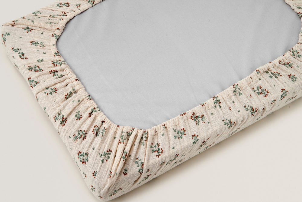 Load image into Gallery viewer, Clover Muslin Changing Mat Cover