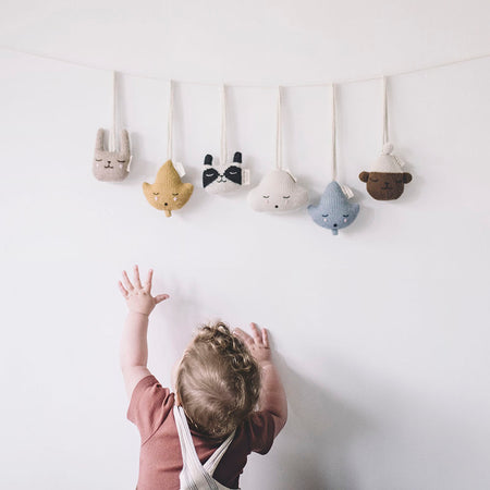 Cloud Hanging Rattle by Main Sauvage