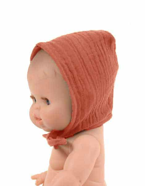 Load image into Gallery viewer, Round Bonnet Double Gauze Cotton in Sienna for Gordis Dolls by Minikane