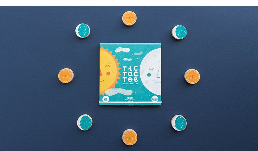 Load image into Gallery viewer, Sun & Moon Tic Tac Toe Game
