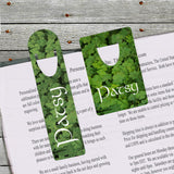 Both sizes of bookmarks have a look on top that easily holds your page in any book