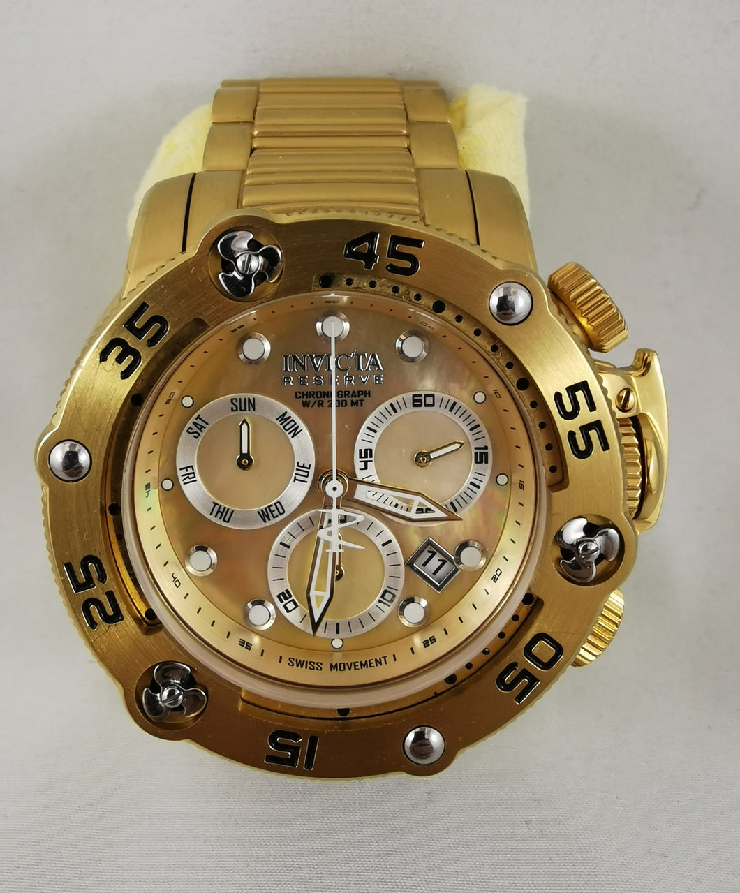 <USED-OPEN BOX> Invicta 28550 Reserve Sea Hunter Men's Quartz 52.5 mm GOLD, Stainless Steel Case Gold