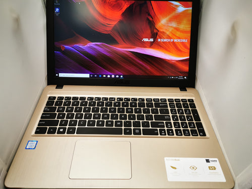 Asus Vivo Book 15-X540UA-AB31-CA with SSD 1920X1080 Hi-Res Screen - Lightly Used By Us! ($350 Incl Tax)