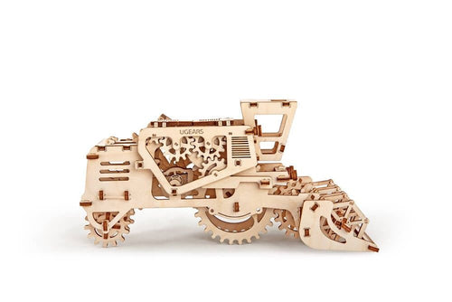 UGears NO GLUE REQUIRED  Combine Harvester - 154 Pieces (Easy) UGR70010