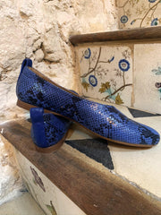 blue women shoes in big sizes