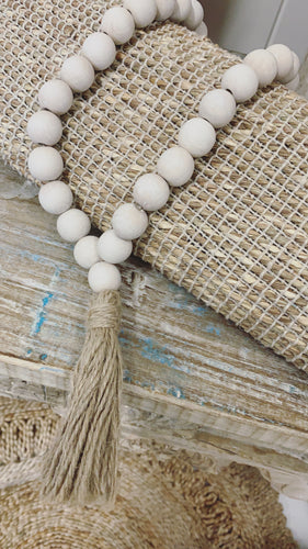 Timber beaded Garland Cream/Taupe