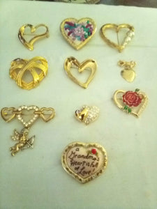 Beautiful lot of heart shaped broaches - B&P'sringsnthings