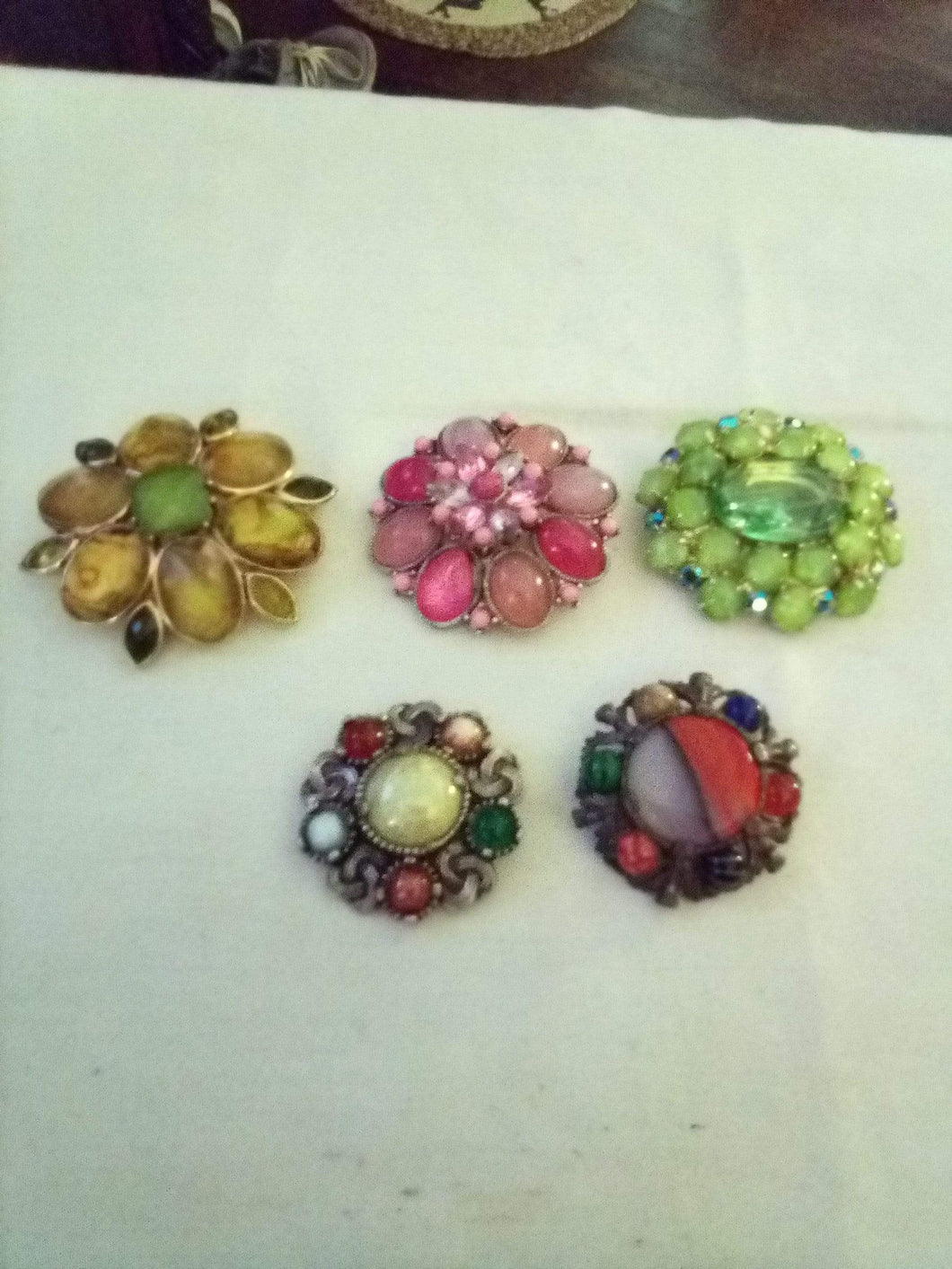 Vintage lot of rare broaches - B&P'sringsnthings