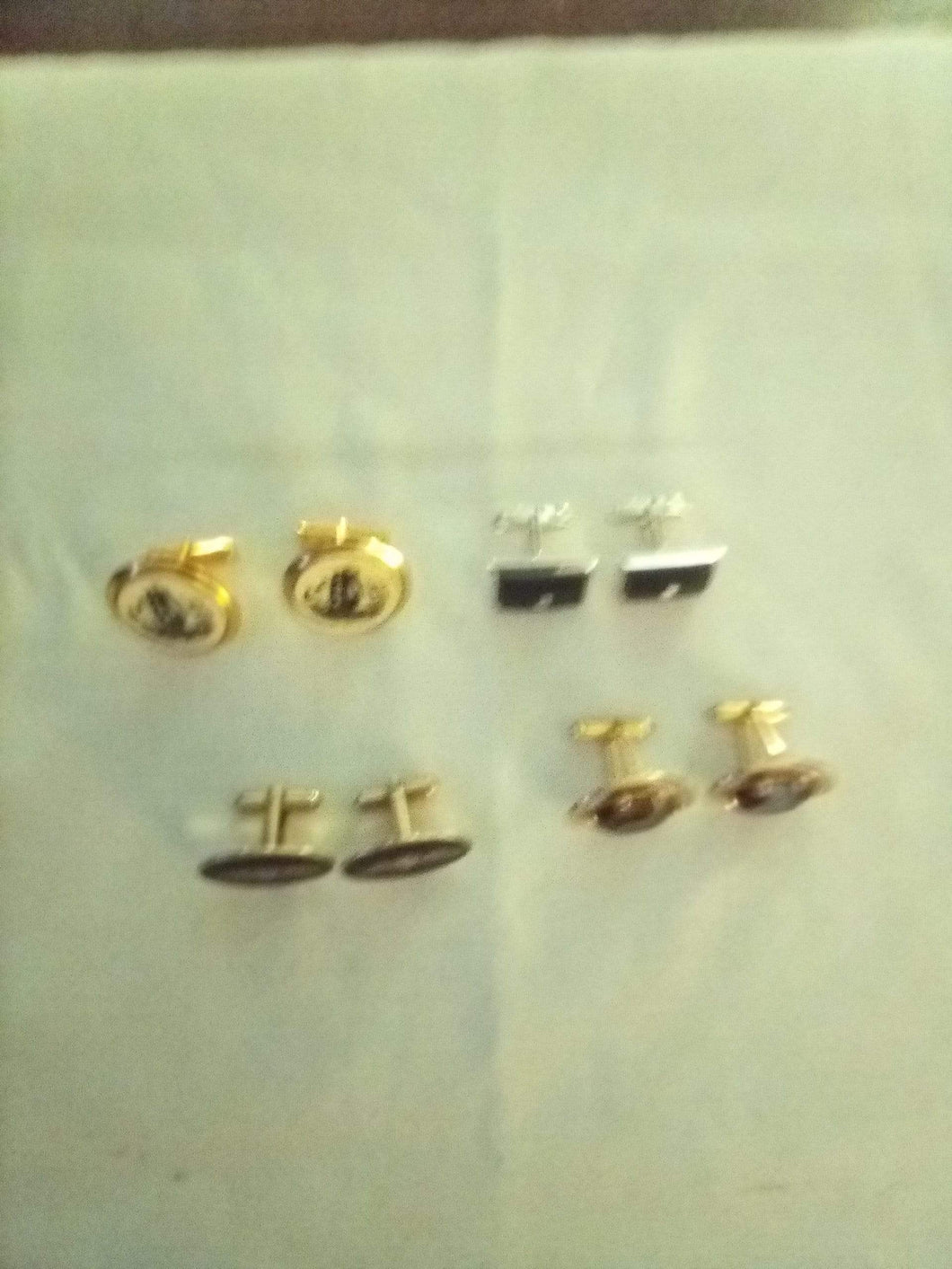 4 matching sets of dressy cufflinks - B&P'sringsnthings