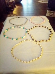 A 5 piece seashell necklace lot - B&P'sringsnthings