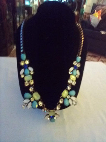 A beautiful dressy necklace - B&P'sringsnthings