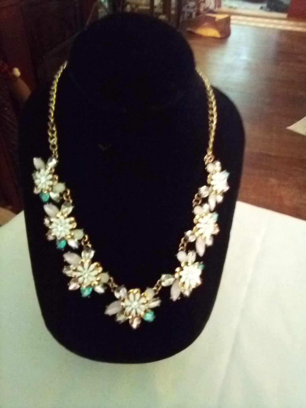 A colorful dressy necklace - B&P'sringsnthings